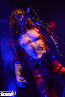 The Darkness/enricoballestrazzi