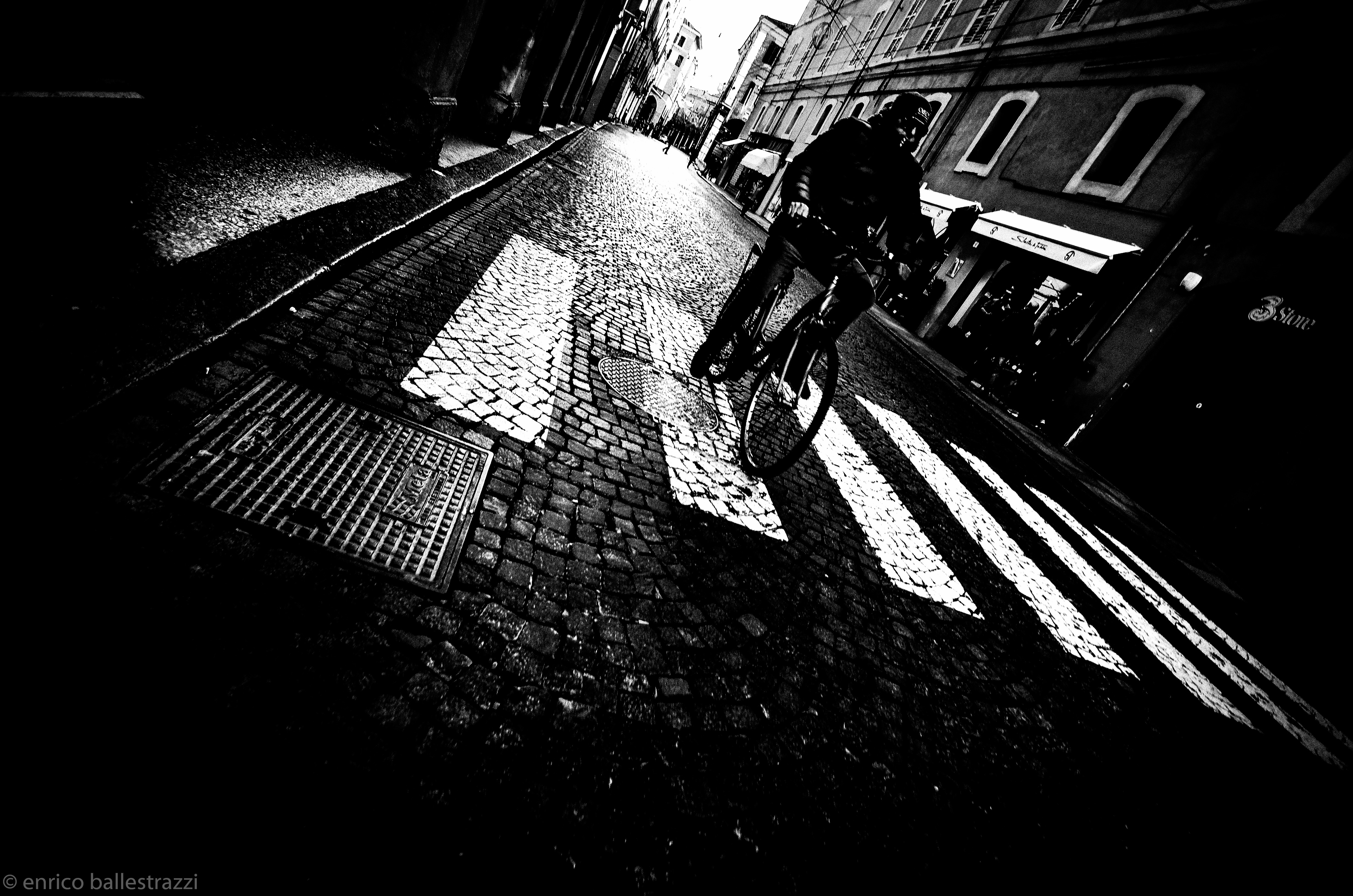 Street/enricoballestrazzi