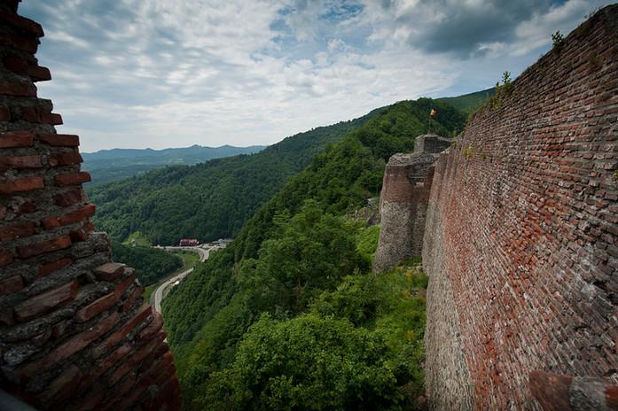 Cetatea_Poenari_2_transylvania_trips_hau