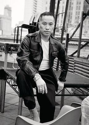 28135907-asian-fashion-insiders-7_articl