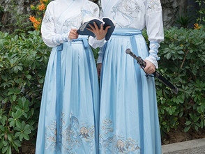 Modern Hanfu: China's Latest Streetwear Trend and What This Suggests for the Fashion World's 'Renai