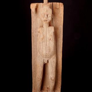 Panel with female figure. Bamileke People, Cameroon/Grasslands