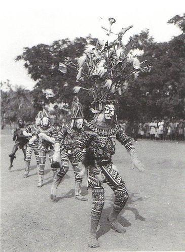Igbo_maiden_spirit_performers.jpeg