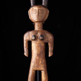 Female figure 1993 K 36 B