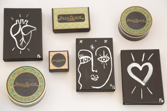 Packaging peint a la main ou personalisé, made with love.