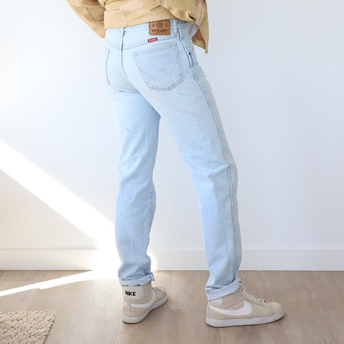 Light Wash Wrangler Blue Denim Jeans
