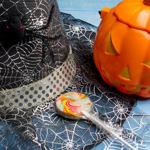 Sombrero de Halloween y decoración