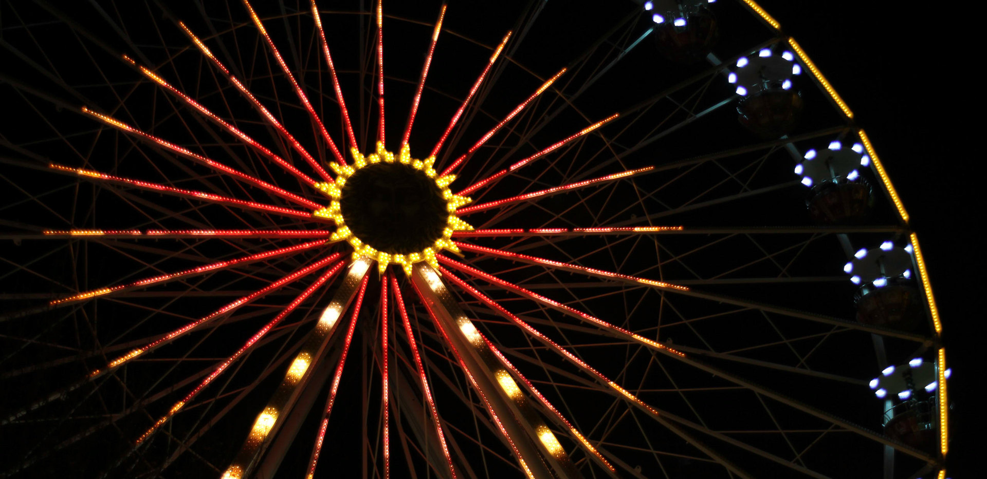 Weihnachtsmarkt | Riesenrad nachts | fototouren.net