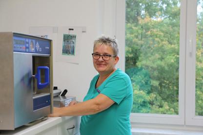 Sabine Oelschlägel - Hygiene- und Materialverantwortliche