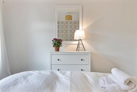 bed2_4.jpg