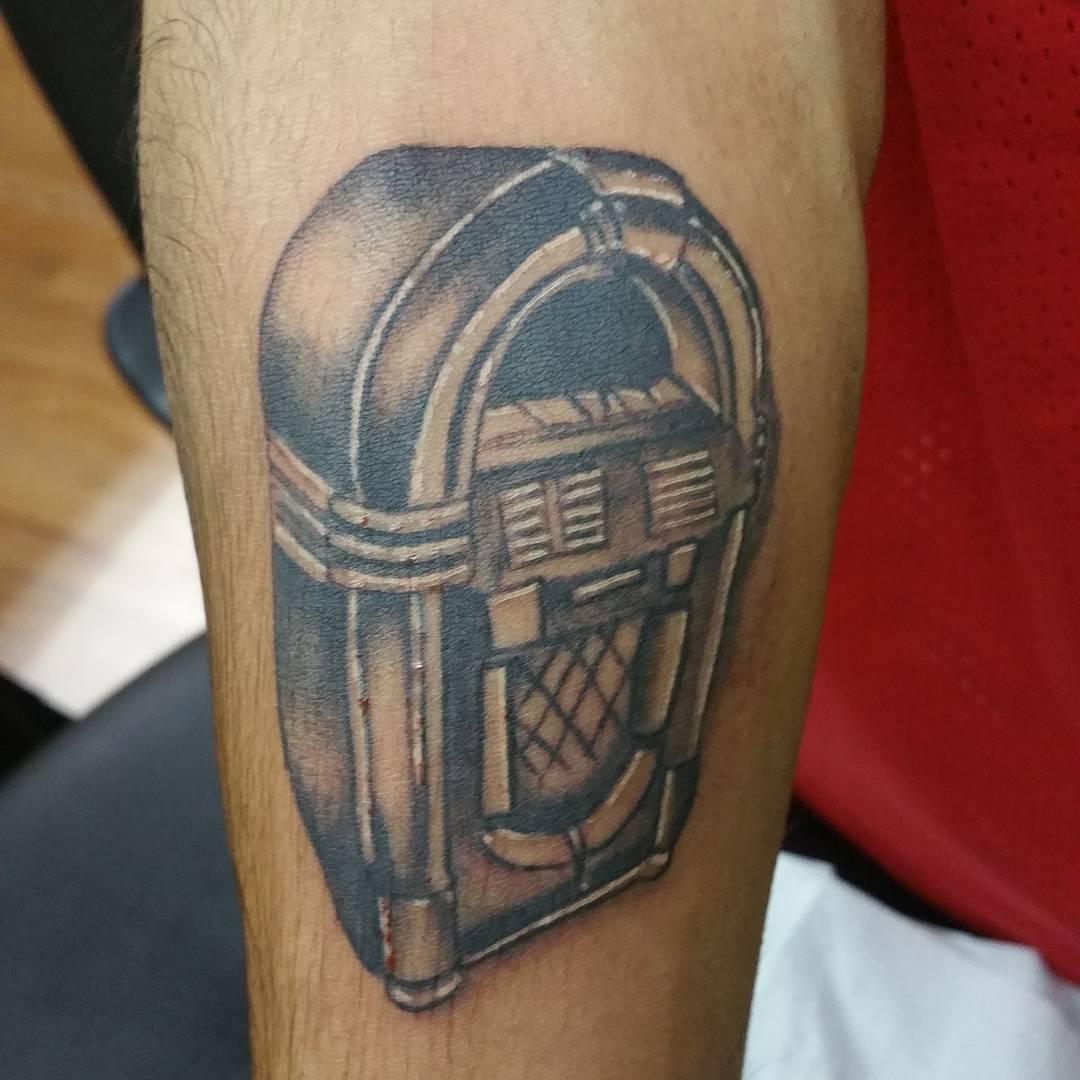 Little jukebox tattoo.