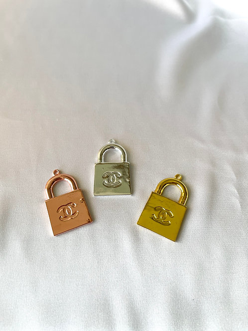 CC Flat Lock Necklace