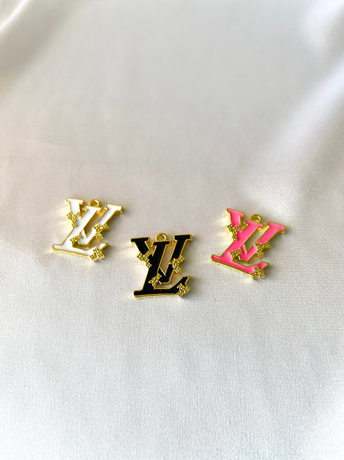 LV Ivy Logo Necklace