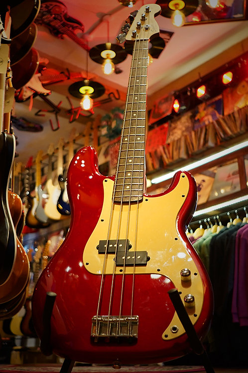 Squier P-Bass Affinity