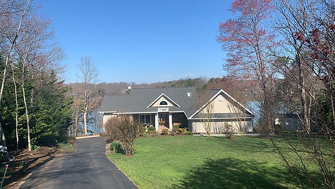 Asphalt roofing in Smith Mountain Lake