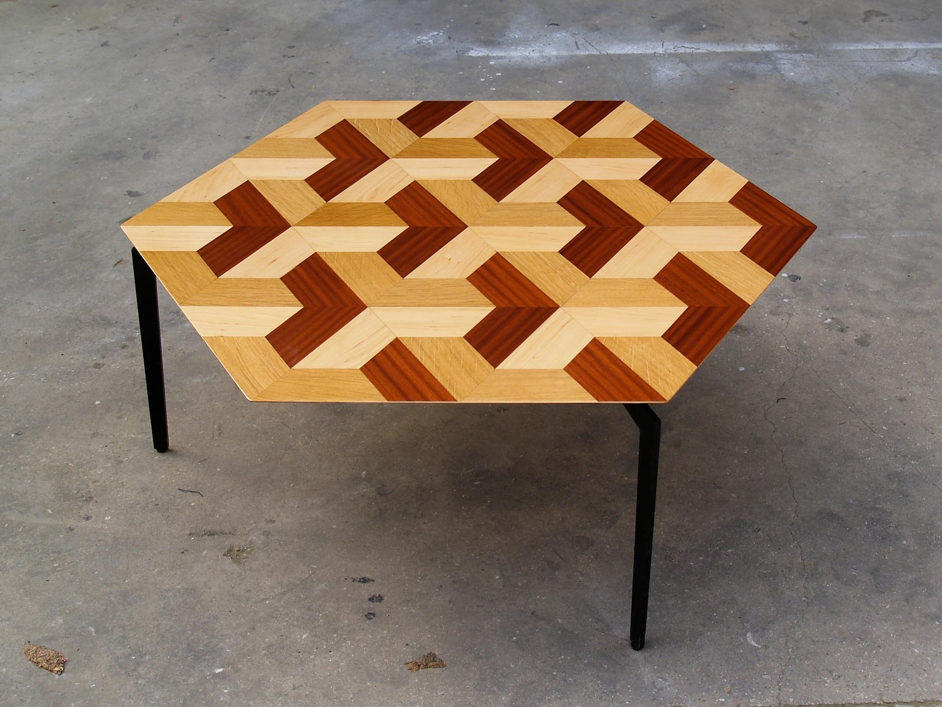 שולחן קפה - פיצוחים.jpg