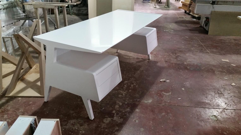 שולחן כתיבה רטרו