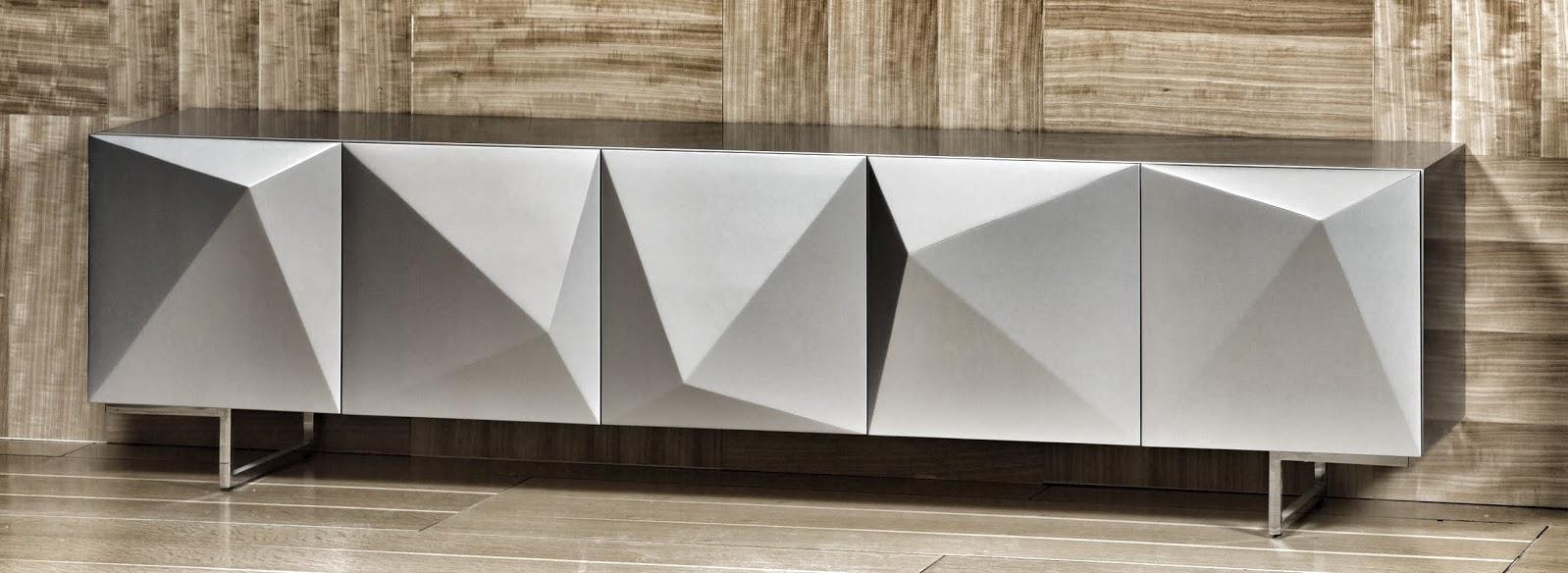 אוריגמי - מזנון תלוי לסלון