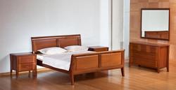 חדר שינה קלאסי מעץ מהגוני