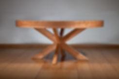 שולחן עגול נפתח
