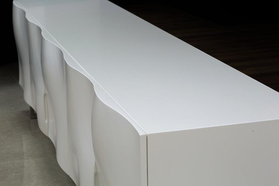 מזנון מעוצב מיוחד לסלון - מזנון לבן תלוו