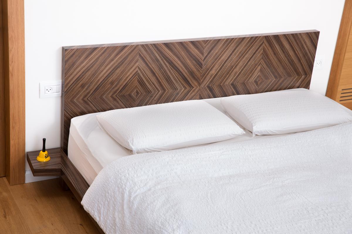 חדר שינה מודרני מעוצב
