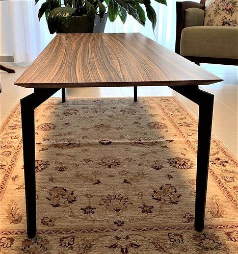 זברנו - שולחן סלון בעיצוב מודרני