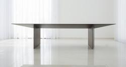 אוריגמי - שולחן אוכל מעוצב מודרני