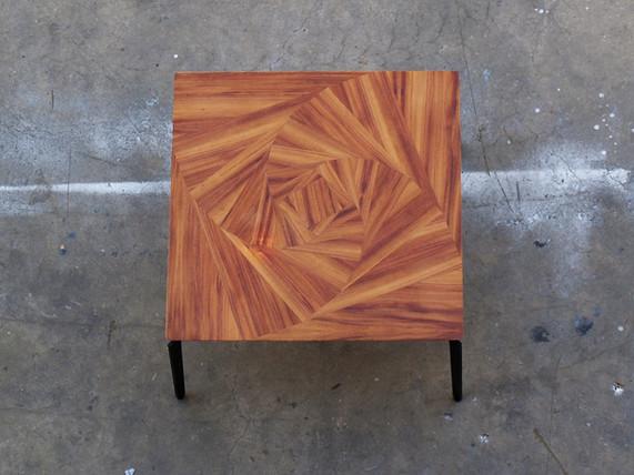 שולחן סלון - מרובע .jpg