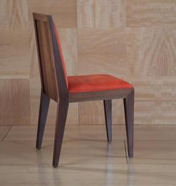 נרקיס - כסא מעוצב לפינת אוכל בעצים ש