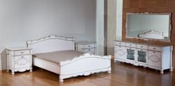 חדר שינה לבן וזהב קלאסי