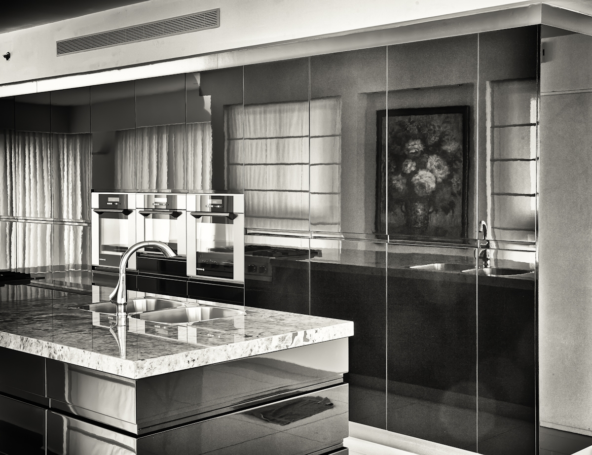 glossy black kitchen