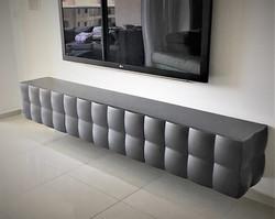 מזנון תלוי לסלון בעיצוב תלת מימדי