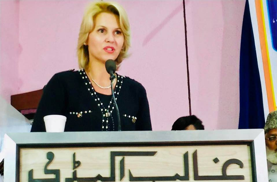 chairperson anca verma addressing annual hijama convocation