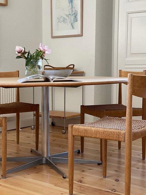 Arne Jacobsen cirkulært spisebord Ø140