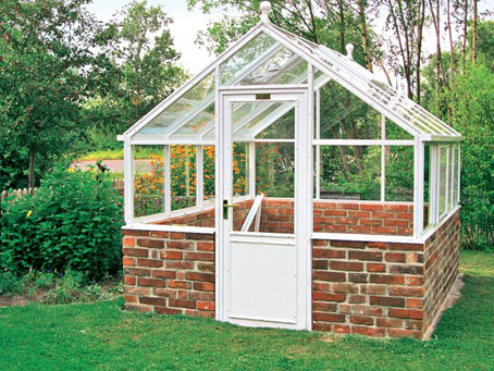 DIY Garden Greenhouse