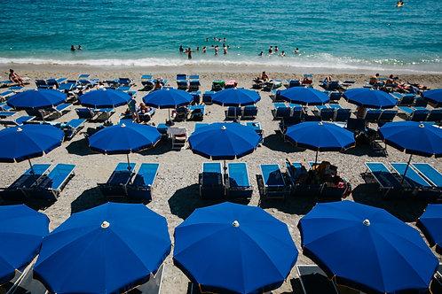 Blue Umbrellas (2019)
