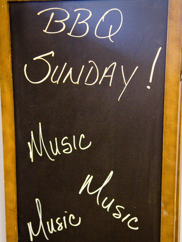 BBQ Sunday with Live Music