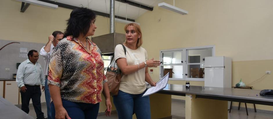 """Lorena Matzen: """"Necesitamos un gobierno provincial que acompañe la educación"""""""