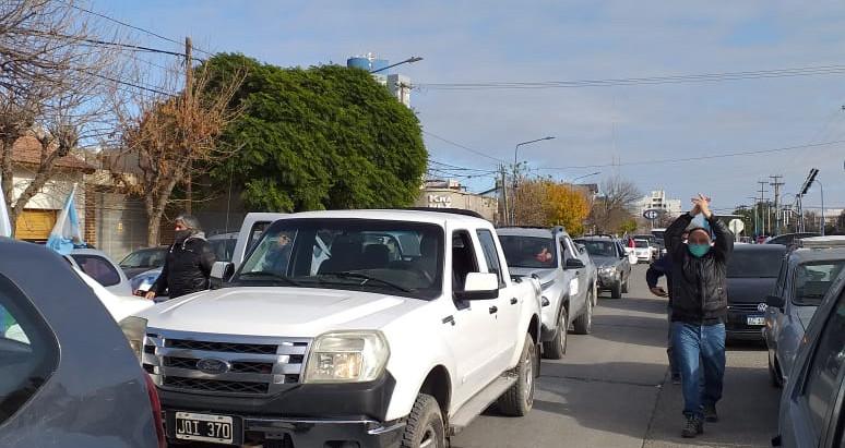 Los retirados de la Policía de la provincia deben ser escuchados por la Gobernadora y funcionarios