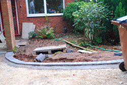 Small pebbled front garden- Before