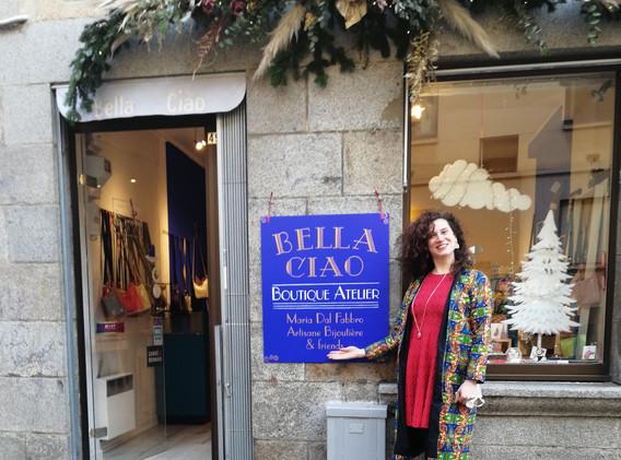 bella ciao- enseigne peinte à la main - Adelles.jpg