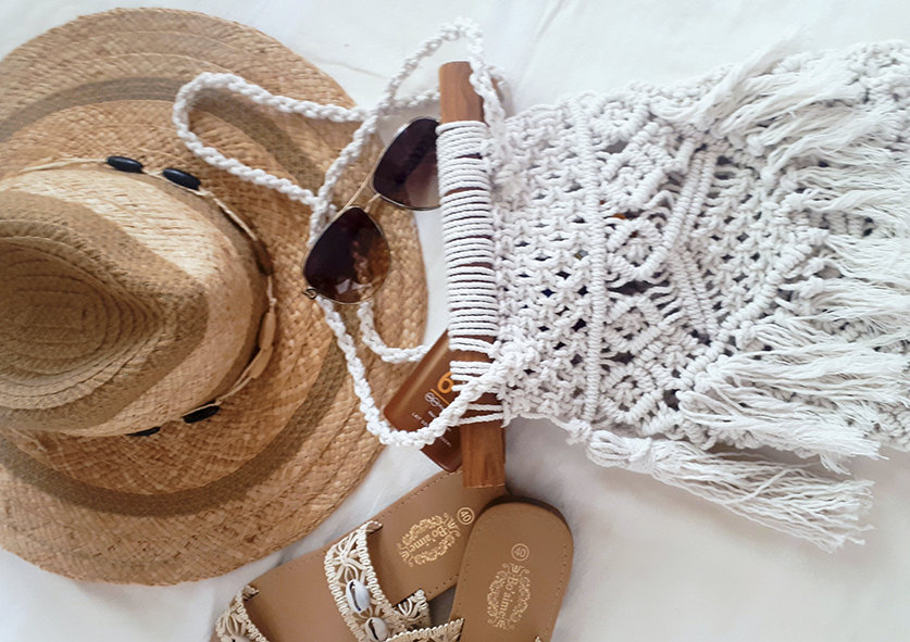chapeau et sac.jpg