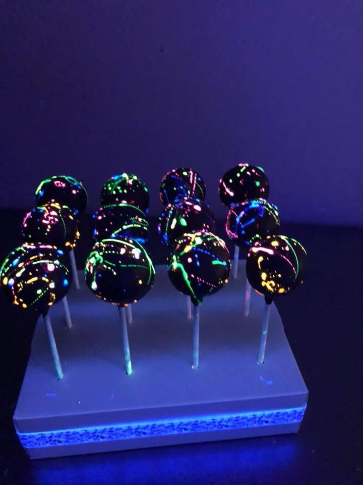 Glow Cake Pops