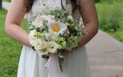 spring bridal bouqet