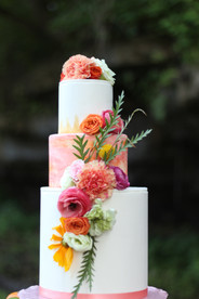 summer cake with flowers