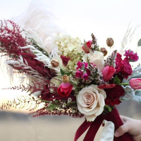 burgundy winter bouquet_edited.jpg