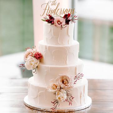 Cake flowers for spring wedding