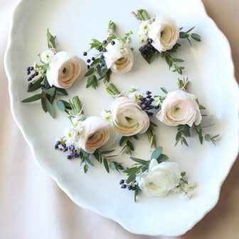 Boutonieres with ranunculus