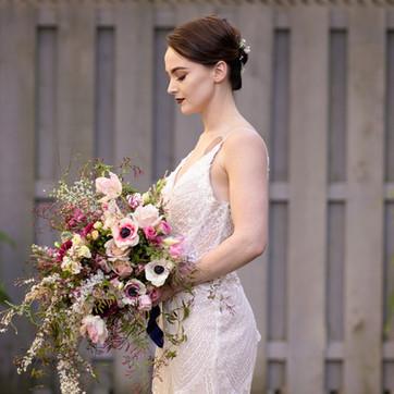 Loose Spring bridal bouquet